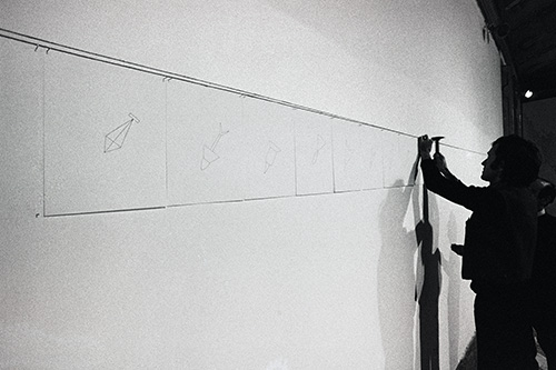Alighiero Boetti prepares the 42 bombs, photo by Giorgio Colombo