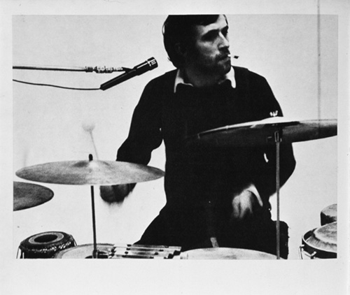 Alighiero Boetti on his drums in the Sperone gallery, 1969, photo by Paolo Mussat Sartor