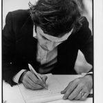 Alighiero Boetti alla Galleria Toselli di Milano, 1973 - foto Giorgio Colombo