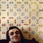Alighiero Boetti davanti a Estate '70 nel suo studio a Torino - foto Paolo Mussat Sartor 19