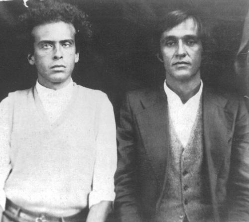 Alighiero Boetti e Francesco Clemente a Kabul nel 1974. Courtesy Archivio Alighiero Boetti