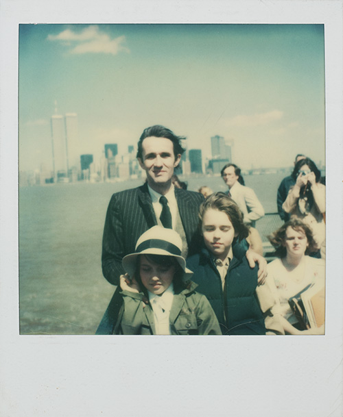 New York, Alighiero Boetti with his sons, Matteo and Agata